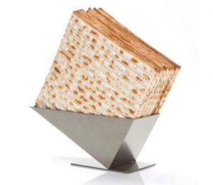 ajudaica matzah stand